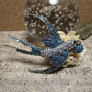 Jewelry - Crystal Accented Swallow Brooch NEW Can Be Pendant